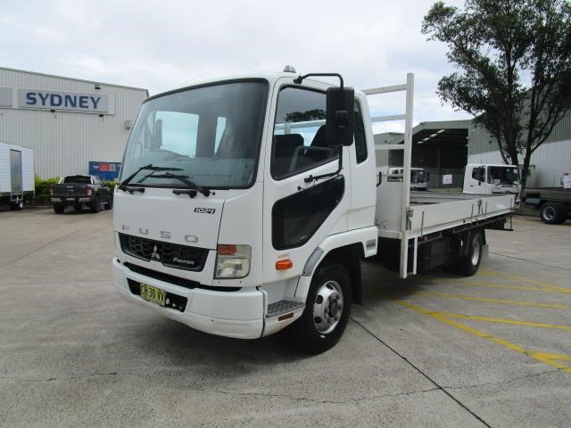 fuso fighter 831793 005