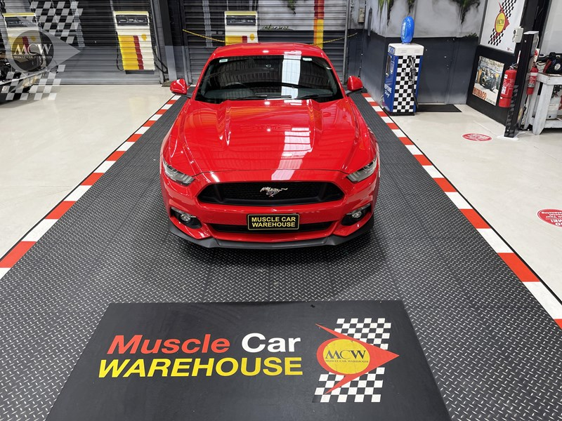 ford mustang gt 832619 061