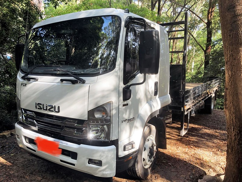isuzu f series 832813 001