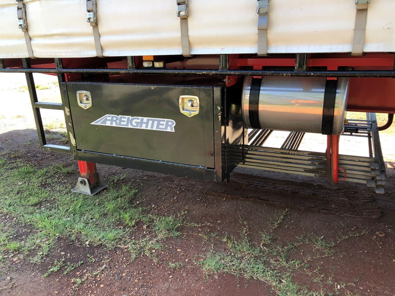 maxitrans 10 pallet tri-axle a-trailer tautliner 833030 037