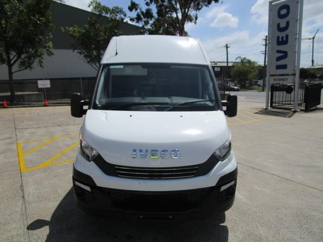 iveco daily 832990 003