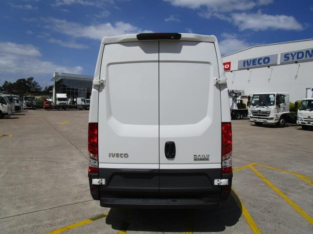 iveco daily 832990 011
