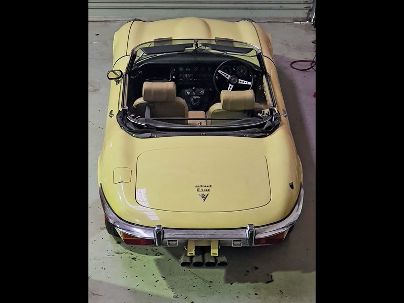 jaguar e-type 834223 029