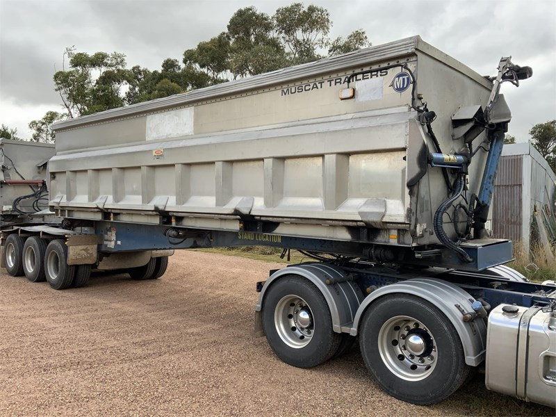 muscat mt2103 b double side tippers 835992 037