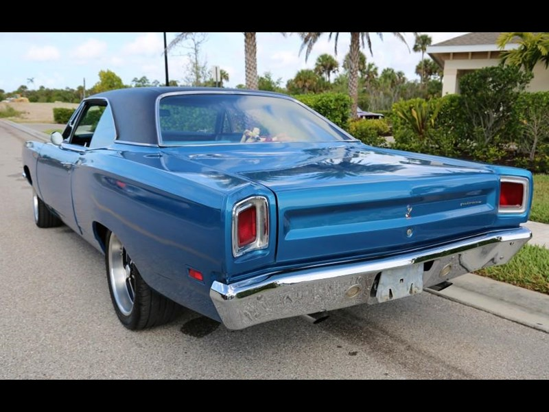 plymouth road runner 837453 013