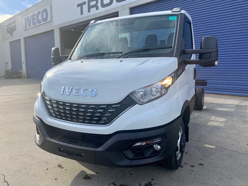 iveco daily 50c18a8 837386 009