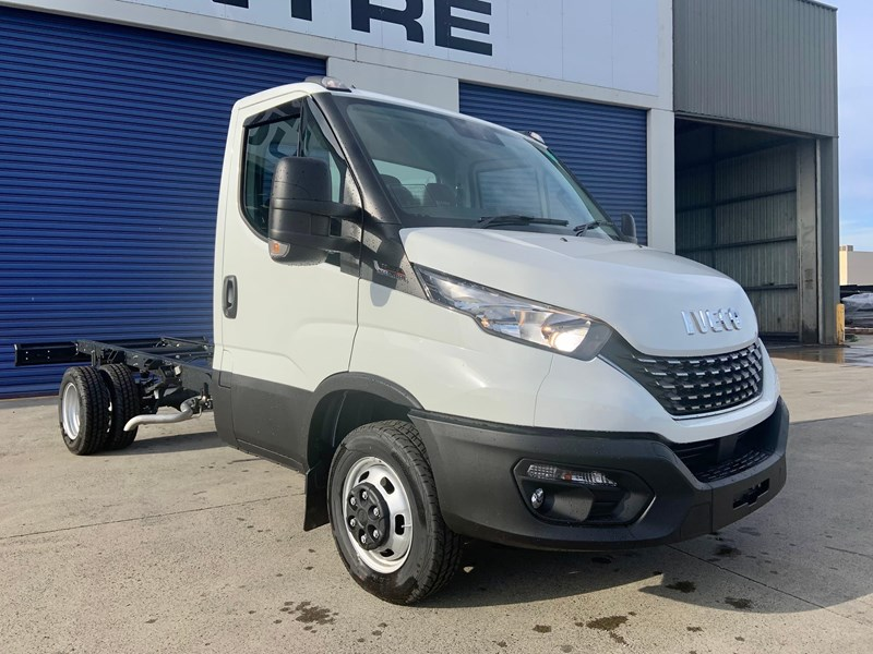 iveco daily 50c18a8 837386 001