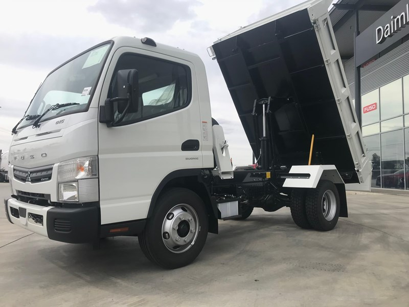 fuso canter 820401 035