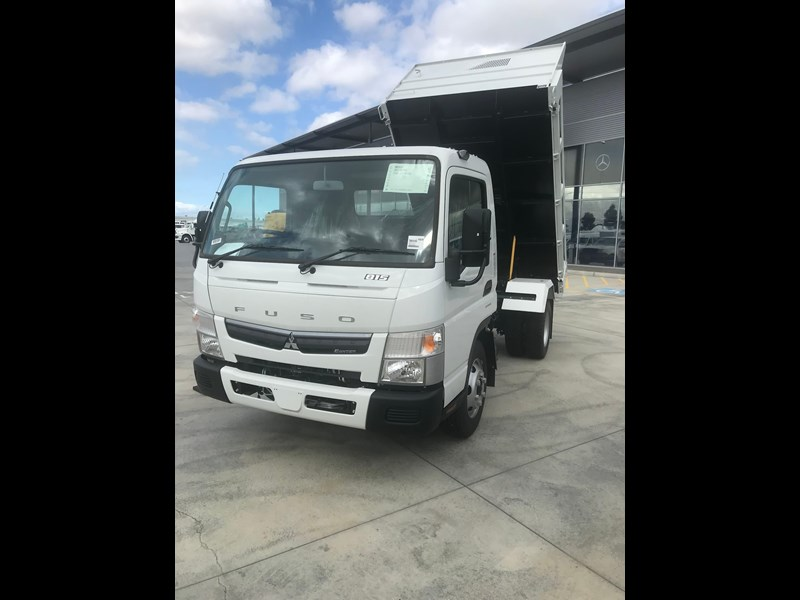 fuso canter 820401 073