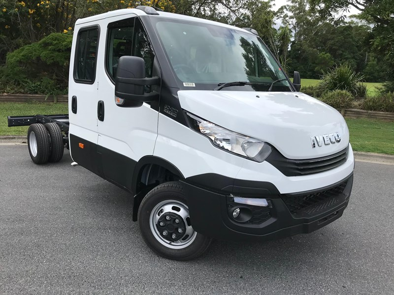 iveco daily 35s17 795409 001