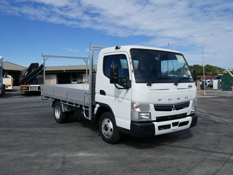 fuso canter 515 wide 824445 001