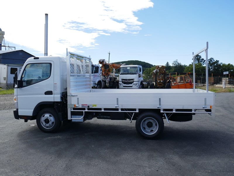 fuso canter 515 wide 824445 011