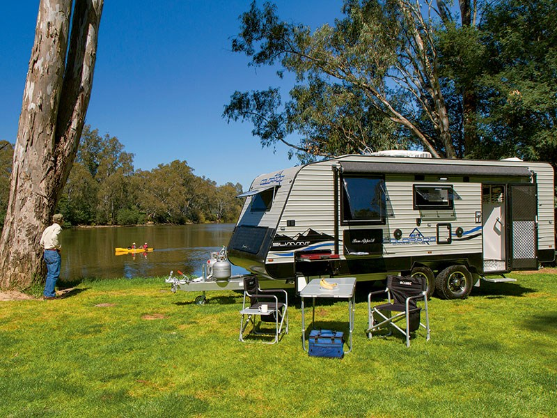 colorado caravans summit adventurer 44035 001