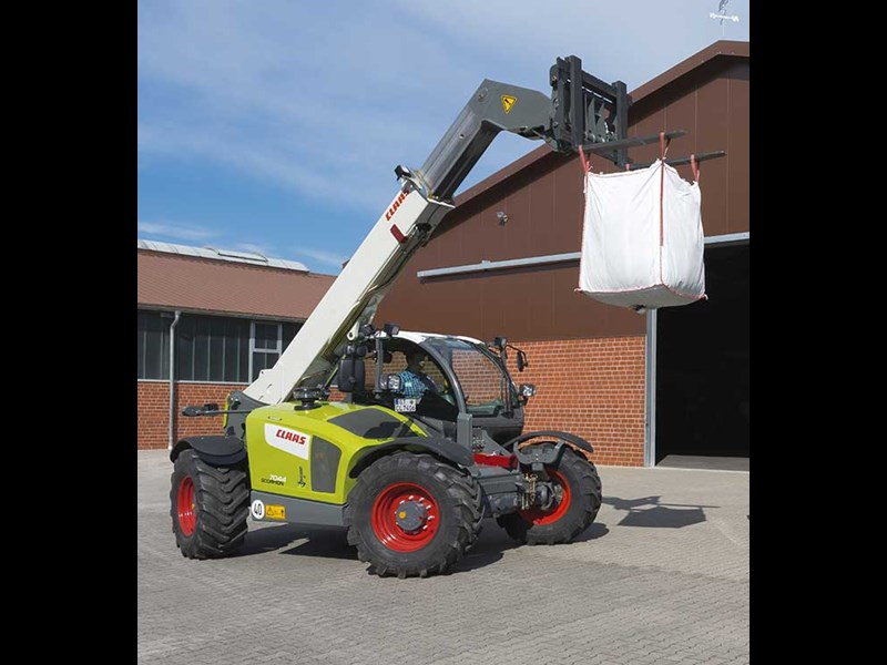claas scorpion 7030 44699 003