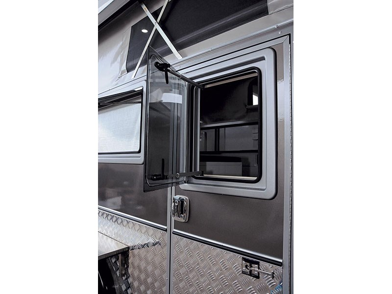 north coast campers titanium 44752 015