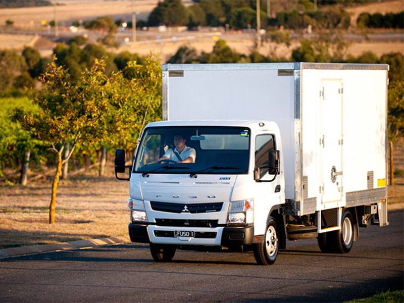 fuso canter 71161 005