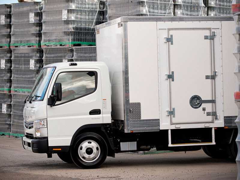 fuso canter 71182 001