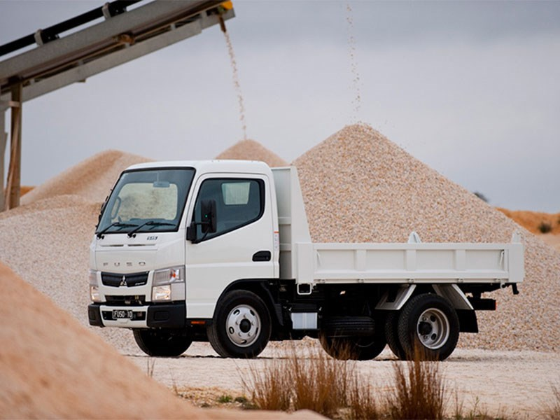 fuso canter 71152 005
