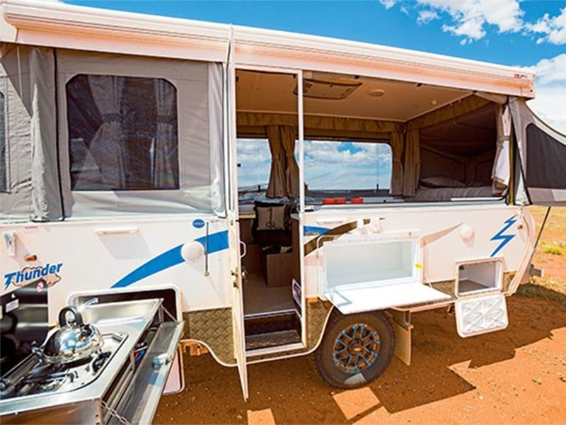 goldstream rv thunder 44014 003