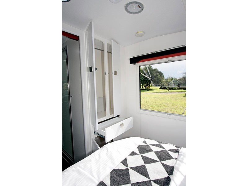 retreat caravans whitehaven 50186 017