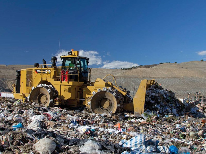 caterpillar 836k landfill 37370 001