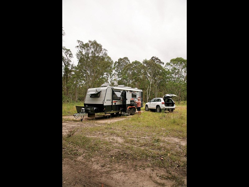 retreat caravans hamilton 52740 007