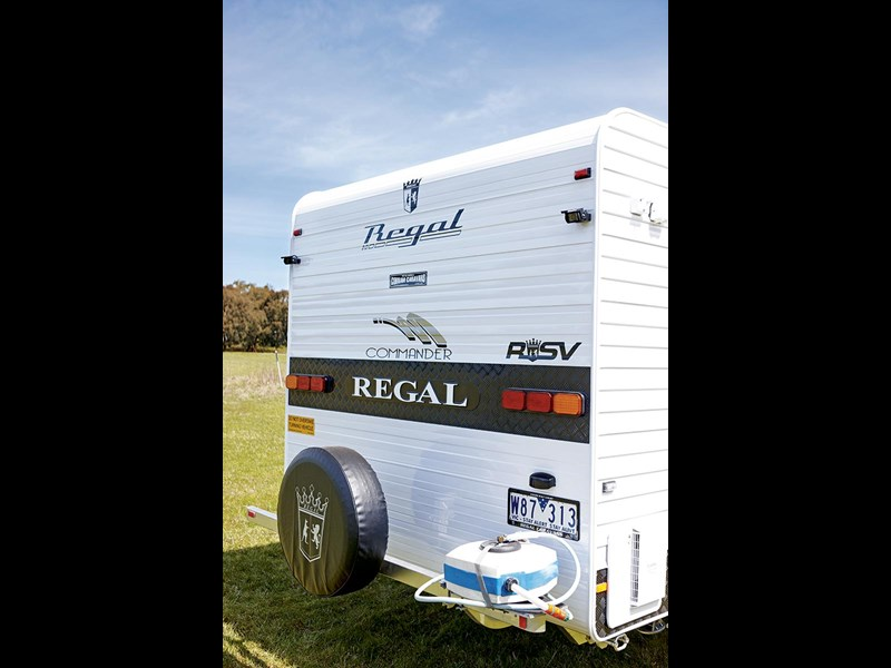 regal commander slide-out 52832 005