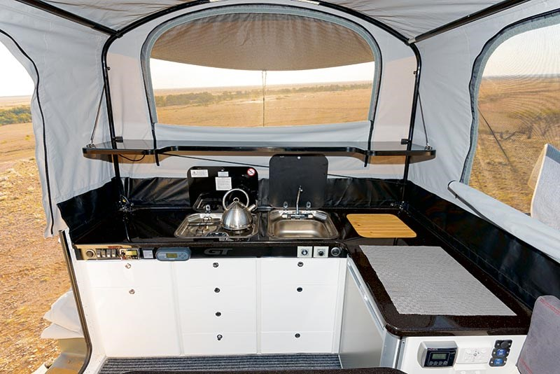 ultimate off road campers xplor gt 52926 023