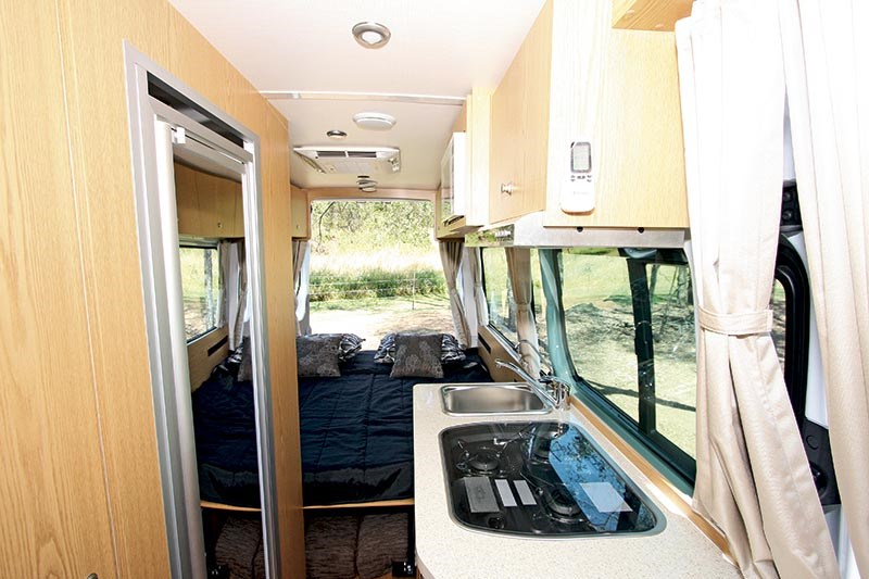 winnebago (apollo) bondi 4s 53534 019