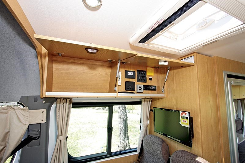 winnebago (apollo) bondi 4s 53534 015