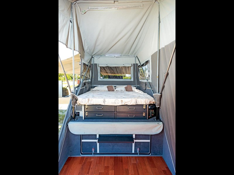 blue tongue camper trailers overland xr 54371 035