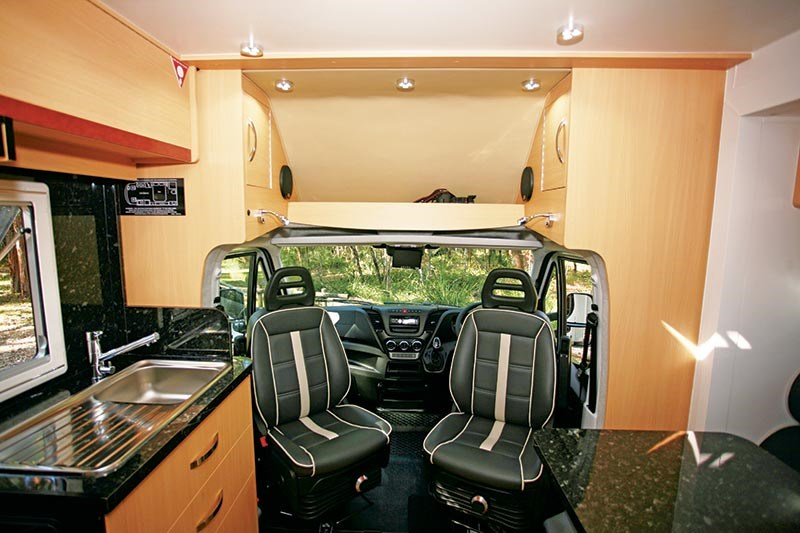 paradise motorhomes integrity lite deluxe 54718 015