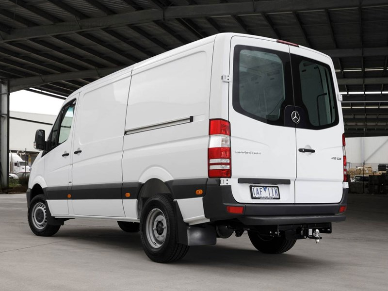 mercedes-benz sprinter 66360 009