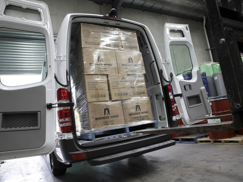 mercedes-benz sprinter 66336 019