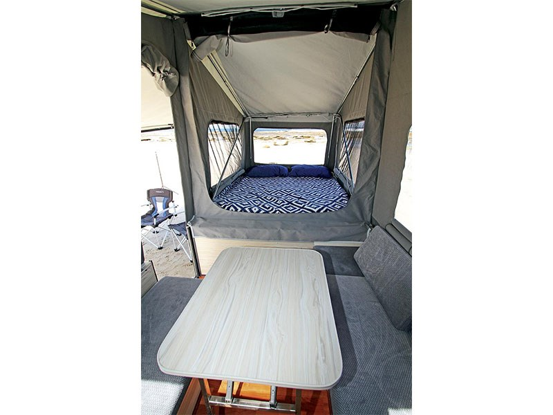 blue tongue camper trailers overland xfs 55010 015