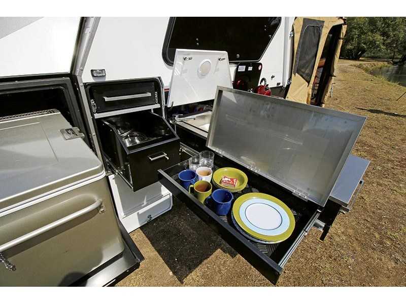 pioneer camper trailers mitchell 55008 008
