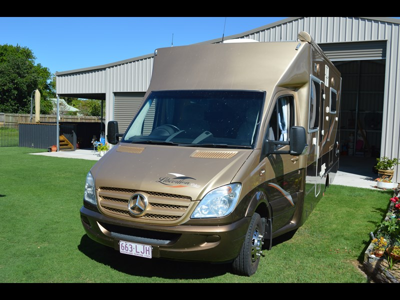 mercedes-benz liberation deluxe 551284 007