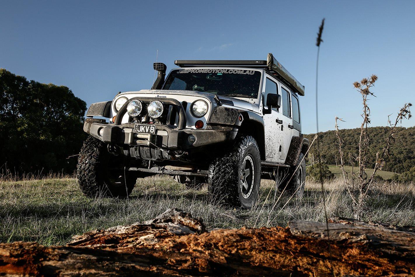 Jeep Wrangler Jk V8 Hemi Put To The Test Wire Harness On Hood