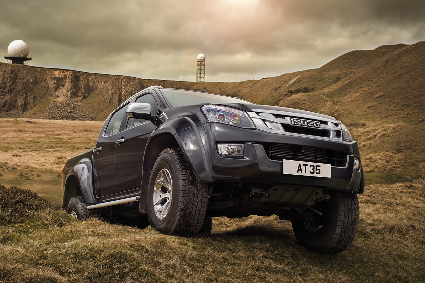 isuzu d max factory backed on 35s 4x4 australia. Black Bedroom Furniture Sets. Home Design Ideas