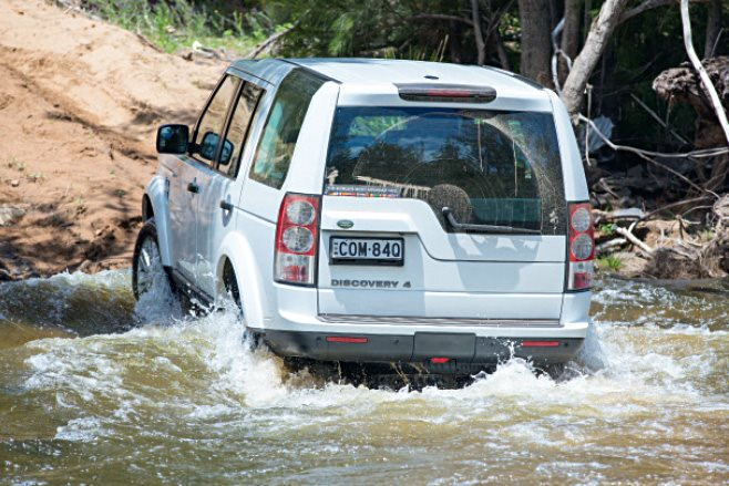Land Rover Discovery rear water driving