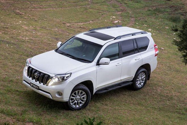 Toyota Land Cruiser Prado Altitude special edition roof