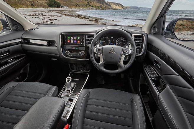 Mitsubishi Outlander PHEV LS