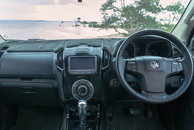 custom Holden Colorado LS3 interior