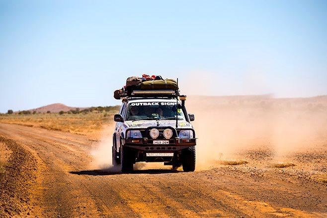 4x4 explore simpson desert