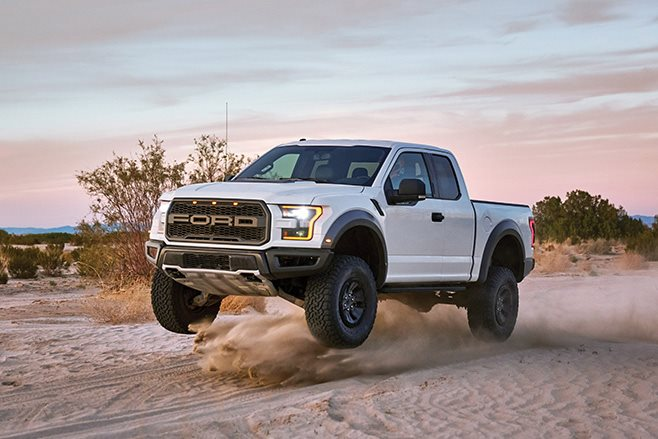 2017 Ford F-150 Raptor air