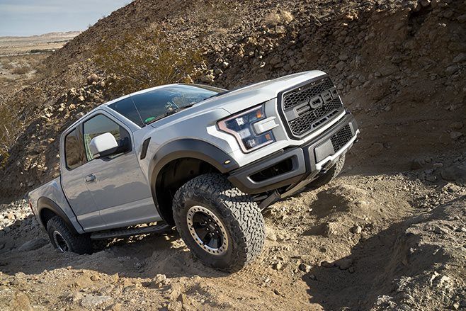 2017 Ford F-150 Raptor hill climb
