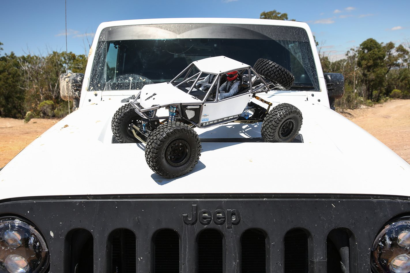 Axial Bomber RR10 jeep
