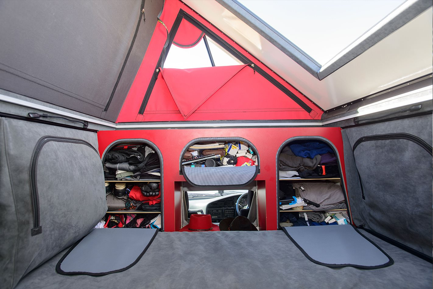 Custom 80 Series Toyota Land Cruiser bed