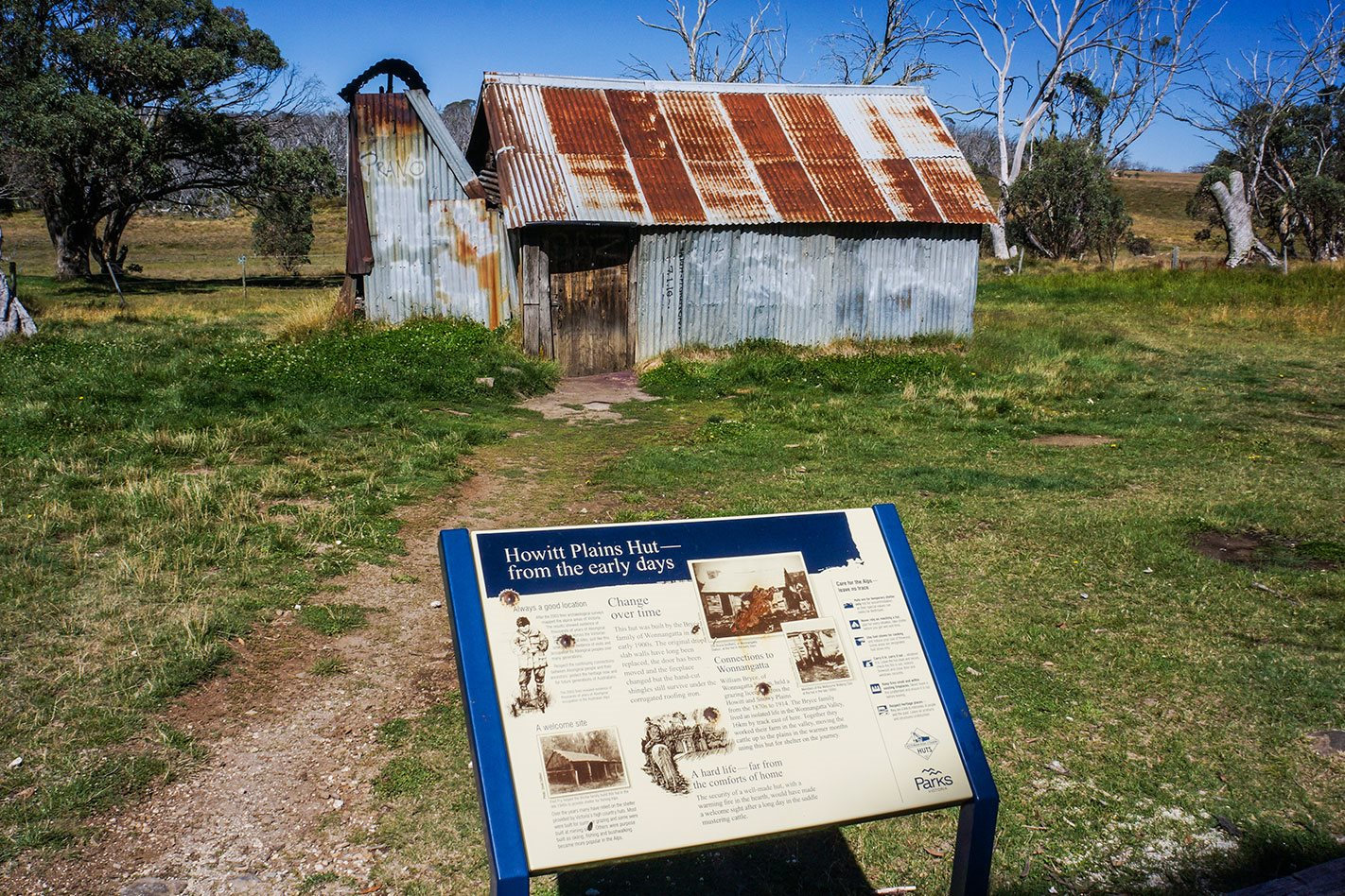 Howitt Plain Hut