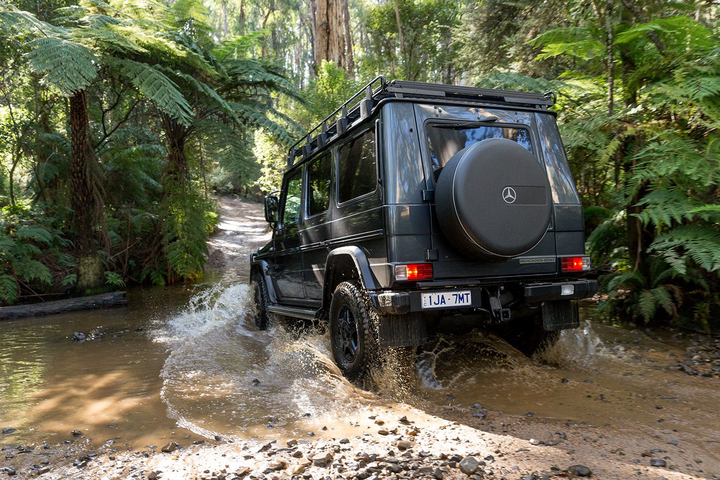 2017 mercedes benz g300 cdi review 4x4 australia for Mercedes benz g300 for sale